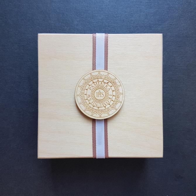 Drewniana skrzyneczka - I Komunia Święta