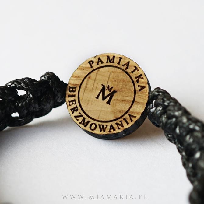 Grawer na drewnianym kółku