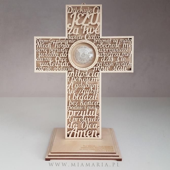 Krzyż z podstawką - Pamiątka Sakramentu Bierzmowania